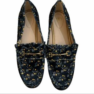 Cabi Carnaby loafers blue floral velvet flats